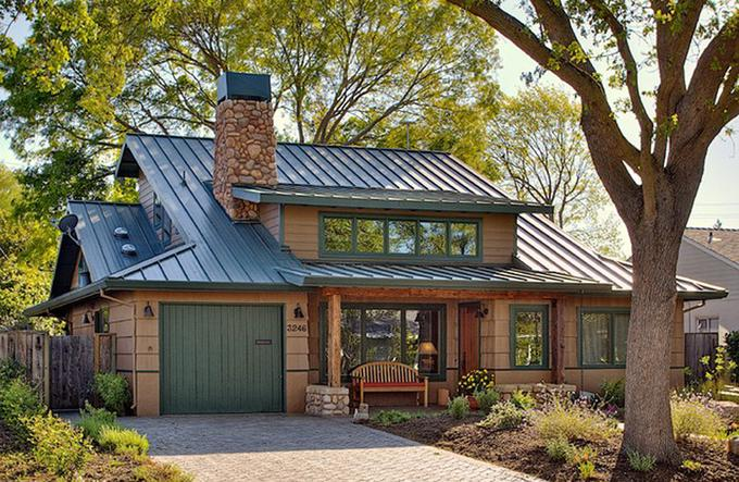 low-maintenance-house-metal-roof-standard_c1d560690594419c7e3e6bf784c95da4_680x443_q85
