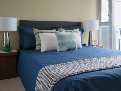 home-staging-checklist-bedroom-standard_7830b8598aaa4c85d12e7354a52bb9ae_680x510_q85