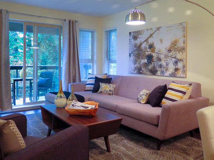 Living room staging tips that help buyers fall in love for B q living room lights