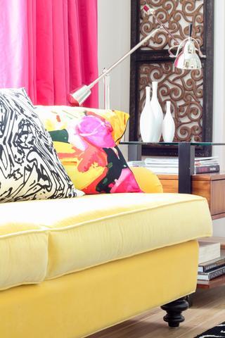 whole-house-color-palette-pillow-standard_2x3_7179e2ce6495003d0b08390853a7962b_320x480_q85